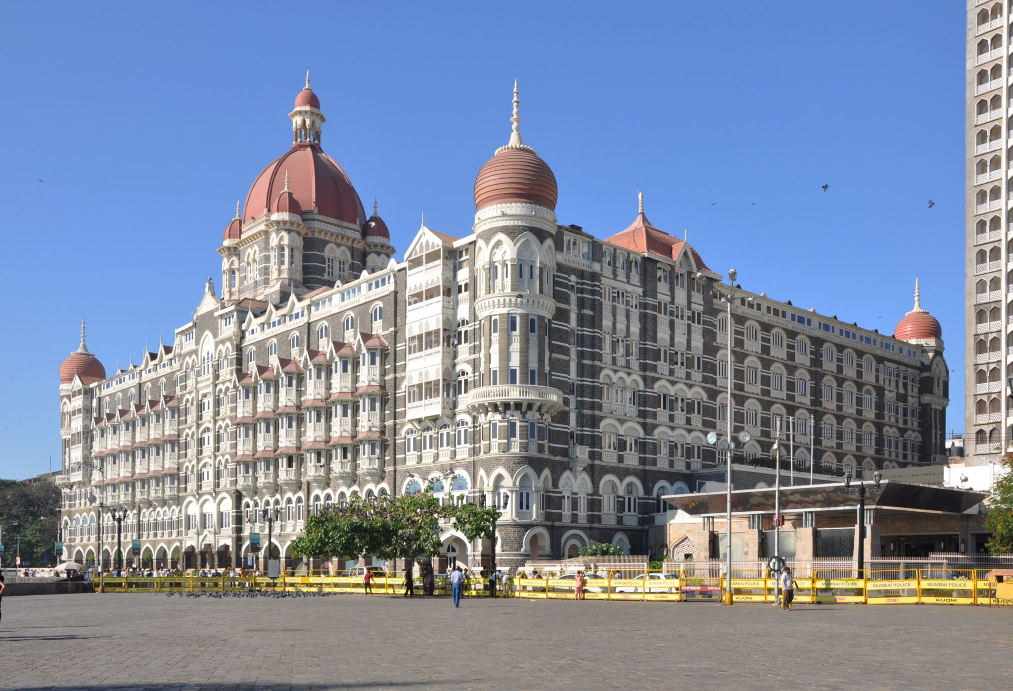 haunted places in mumbai