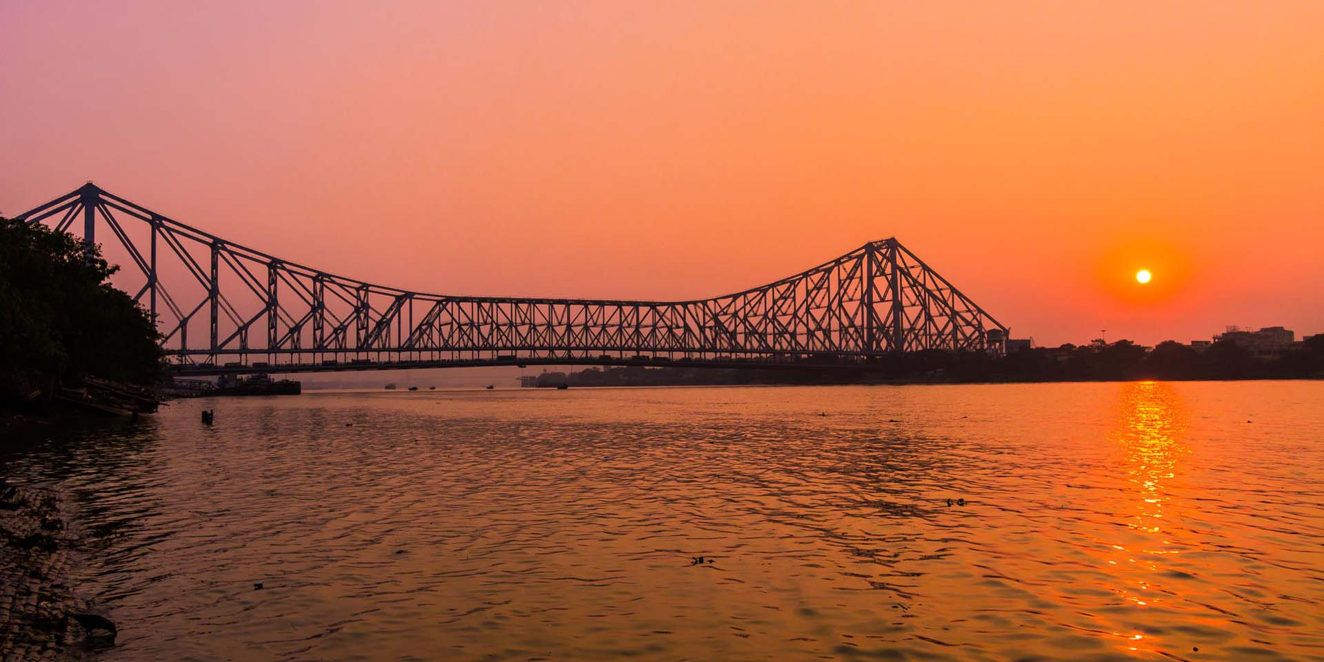 facts about howrah bridge