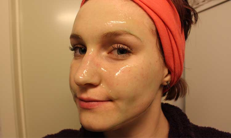 homemade-gelatin-face-mask-remove-blackheads