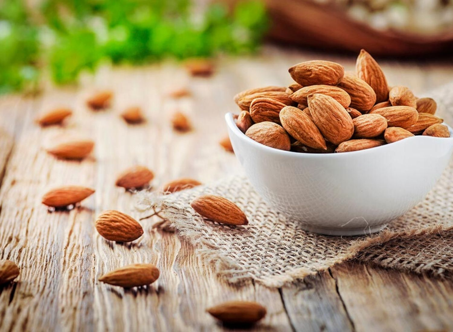 4 Benefits of Almonds For Your Health