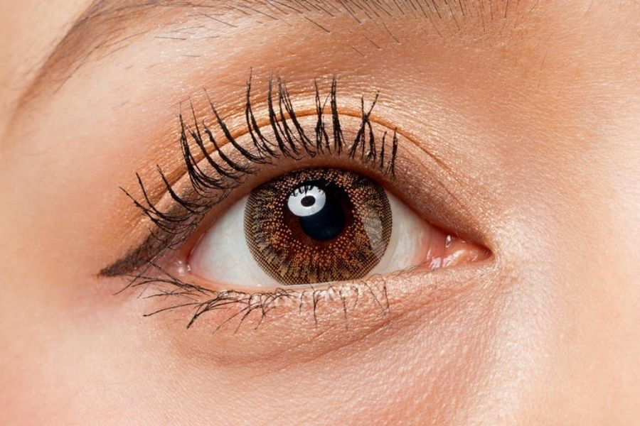 Are Coloured Contact Lenses Safe For Your Eyes?