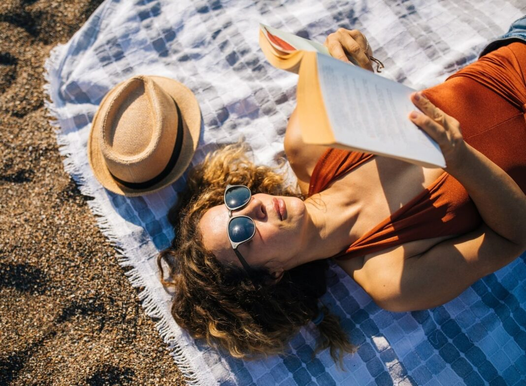5 Summer Stress-Busting Ideas That Work For Everyone
